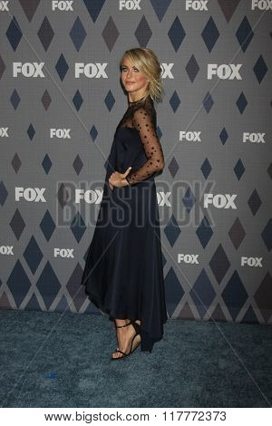 LOS ANGELES - JAN 15:  Julianne Hough at the FOX Winter TCA 2016 All-Star Party at the Langham Huntington Hotel on January 15, 2016 in Pasadena, CA