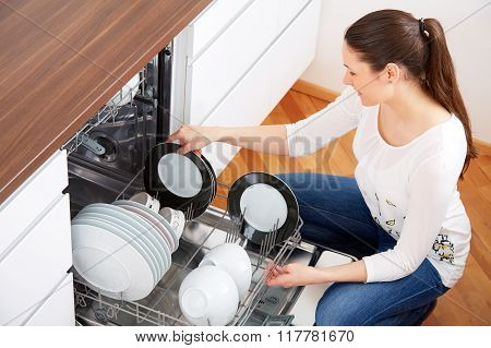 20S Woman In Kitchen, Empty Out The Dishwasher 7