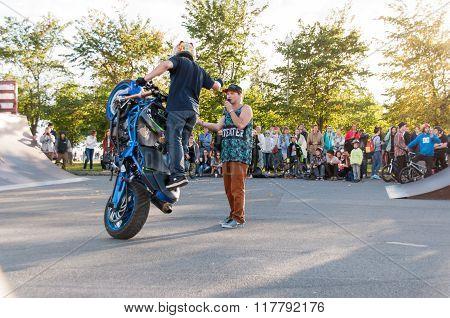 Motorbike dancer