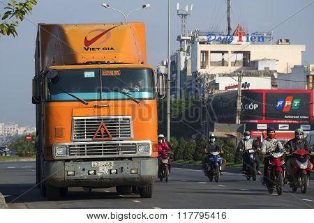 Heavy truck International-9800 at street Danang. Vietnam
