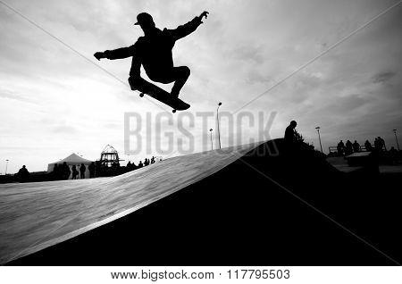 Flying skater