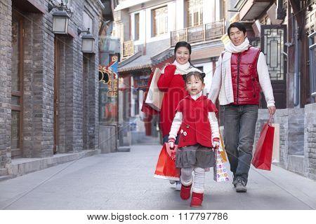 Family go shopping