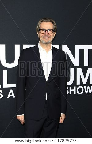 LOS ANGELES - FEB 10: Gary Oldman arriving at the Saint Laurent fashion show at the Hollywood Palladium on February 10, 2016 in Los Angeles, California
