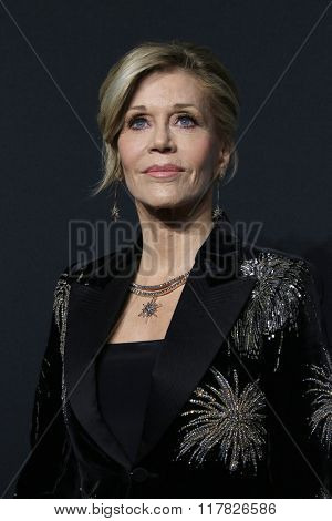 LOS ANGELES - FEB 10: Jane Fonda arriving at the Saint Laurent fashion show at the Hollywood Palladium on February 10, 2016 in Los Angeles, California
