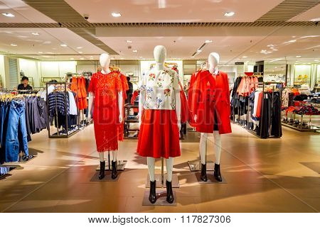 HONG KONG - JANUARY 27, 2016: inside of Zara store at Elements Shopping Mall. Elements is a large shopping mall located on 1 Austin Road West, Tsim Sha Tsui, Kowloon, Hong Kong