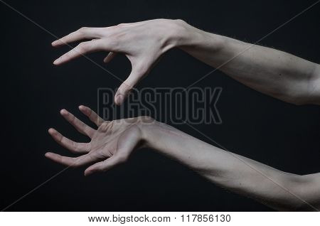 Gothic Horrible Halloween Theme: Thin Hands Of Death