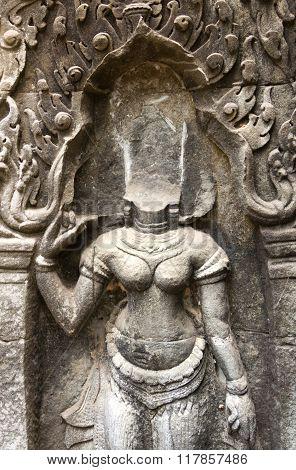Headless Apsara