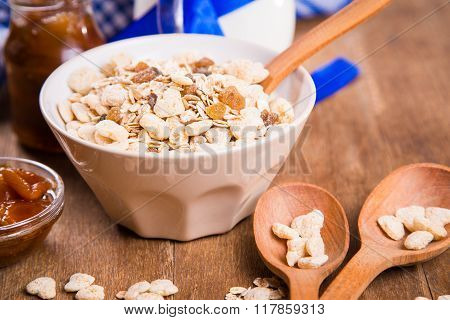 Muesli With Confiture