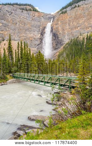 Takakkaw Falls in Yoho National Park, British Columbia, Canada.