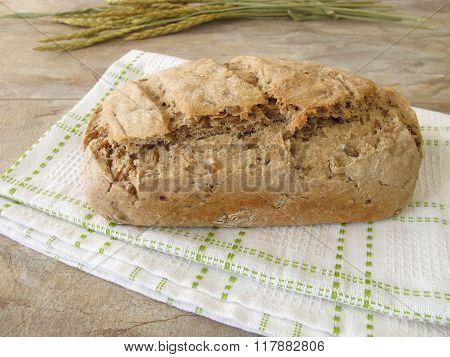 Homemade green spelt bread