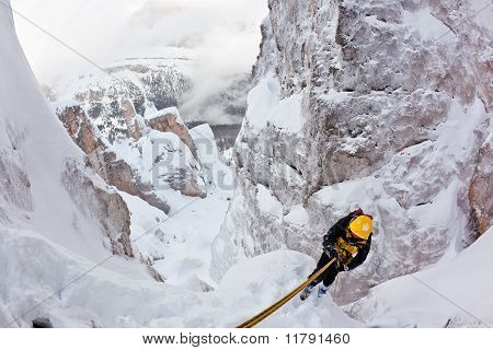 Extreme Winter Mountaineering