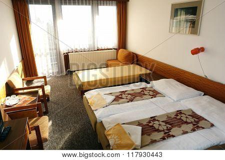 Room In Hutnik 2.