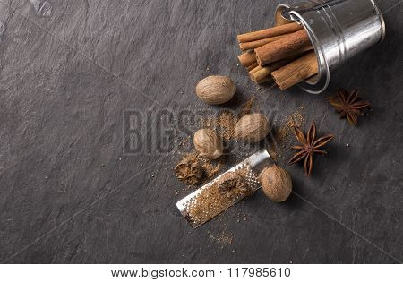 Fresh Grated Nutmeg