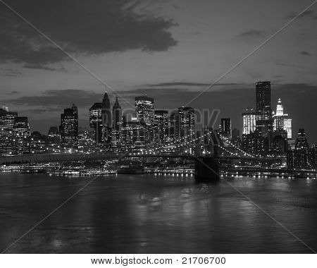 Brooklyn Bridge And Nyc Skyline At Sunset