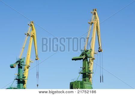 Port Hoisting Cranes