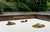 picture of shogun  - Zen Rock Garden in Ryoanji Temple - JPG
