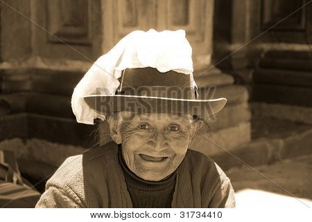 Quechua old woman