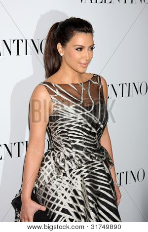 LOS ANGELES - MAR 27:  Kim Kardashian arrives at the Valentino Beverly Hills Opening at the Valentino Store on March 27, 2012 in Beverly Hills, CA
