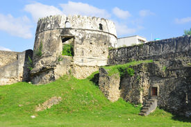 picture of slave-house  - The Old Fort  - JPG