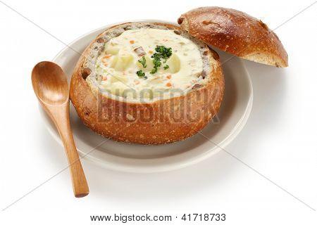 clam chowder in sourdough bread bowl