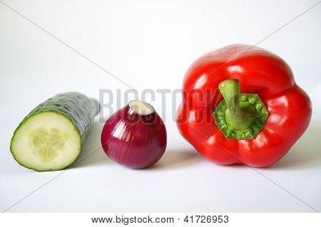 Pritamine Pepper, Cucumber And Purple Onion