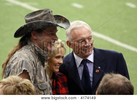 Cowboys Ted Nugent Jerry Jones