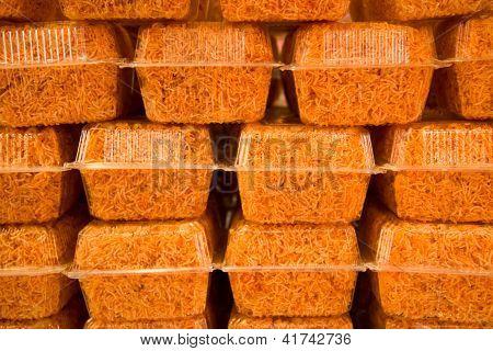 Crispy Sweet Noodle In Box