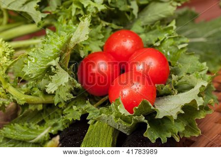 Broccoli Rabe And Cherry Tomatoes