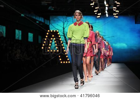 ZAGREB, CROATIA - OCTOBER 19: Fashion model wears clothes made by Anamarija Asanovic at 'Croaporter' fashion show, on October 19, 2012 in Zagreb, Croatia.