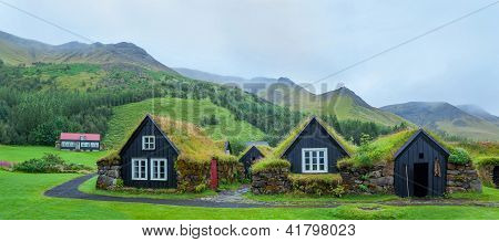 Iceland Tradition Houses