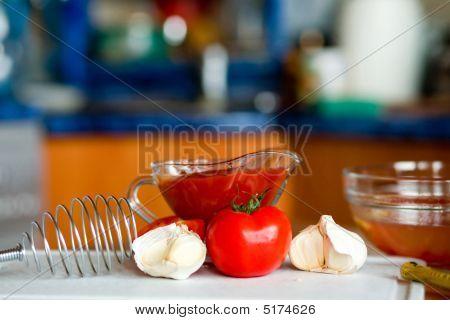 Preparação pungente molho de tomate