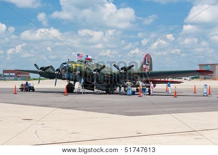Boeing B-17 World War Ii Era American Bomber