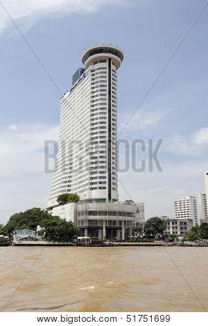 Bangkok, Thailand- Sep 25Th: The Hilton Millenium Hotel On The Chao Phraya River, Bangkok On Septemb