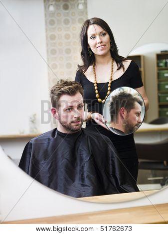 Man at the Hair salon situation