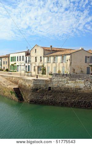 Saint Martin de R�, �le de R�, a view of the port (Charente-Maritime France)