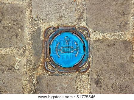 Mouth of drinkable water inlet. Access to the city water (France)