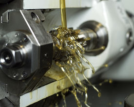 pic of lube  - Moving oil in a machine - JPG