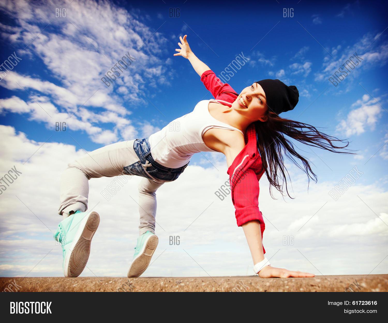 Фото девушек из танцуют все 2