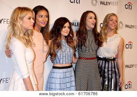 LOS ANGELES - MAR 16:  Ashley Benson, Shay Mitchell, Lucy Hale, Troian Bellisario, Sasha Pieterse at the PaleyFEST -