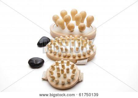 Massage brush with stones