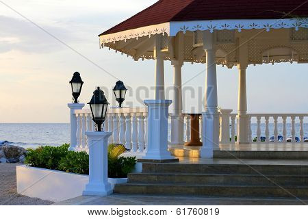 Gazebo on the beach for weddings