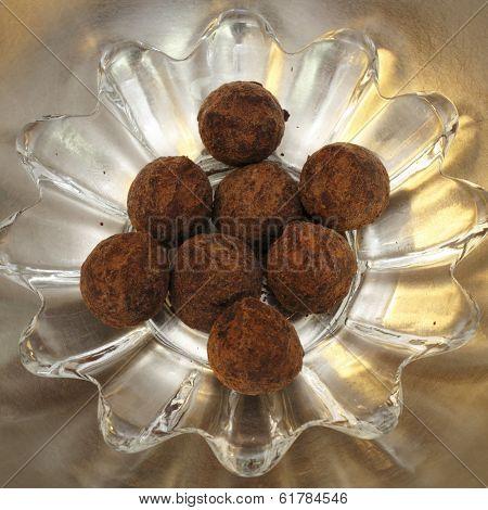 Powdered Chocolate Truffles