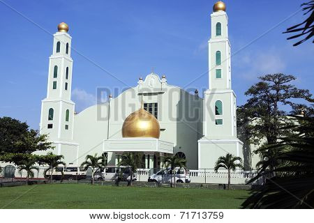 Mosque In Downtown Of Colombo