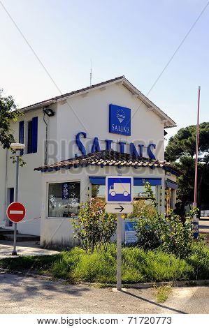 Enter Company Saline Aigues-mortes