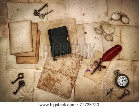 Vintage Accessories, Bible Book, Old Letters