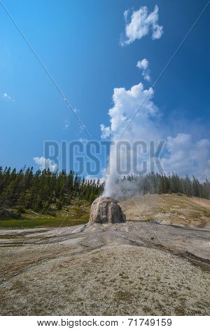 Lone Star Geyser Yellowstone