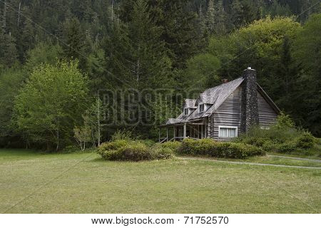 Old Mountainside Log Cabin