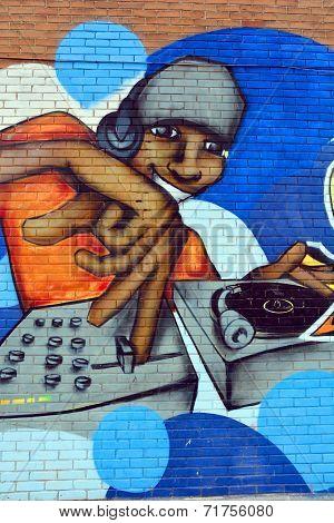 Street art Montreal Jazz man