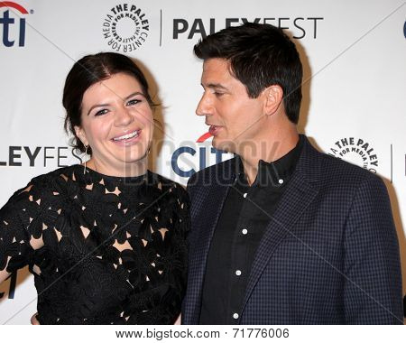 LOS ANGELES - SEP 10:  Casey Wilson, Ken Marino at the Paley Center For Media's PaleyFest 2014 Fall TV Previews - NBC at Paley Center For Media on September 10, 2014 in Beverly Hills, CA