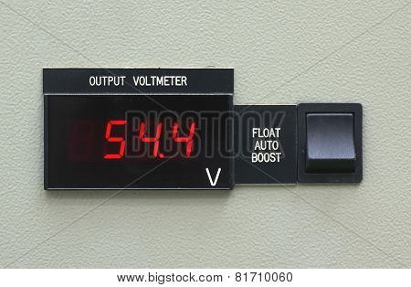 Output Volt Meter Panal And Switch